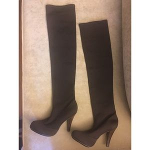 New over the knees stretch boots brown high heels